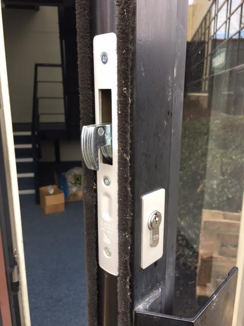 Milton Keynes Locksmiths Commercial Domestic Door Locks